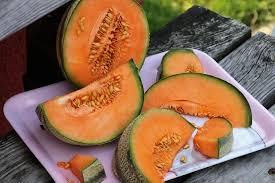 rockmelon 2 - Walnuts - Raw Pieces 250g