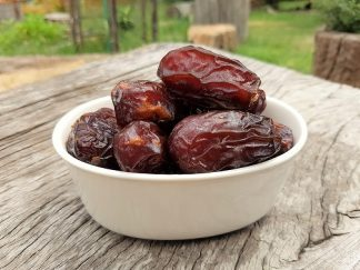 Medjool Dates 324x243 - Dates - Fresh Medjool