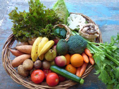 Spring Staples box contents 3 416x312 - Summer Staples Fruit & Veg box